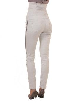 Ще бъдат ли тесните дамски панталони на мода през сезон есен-зима 2013-2014?