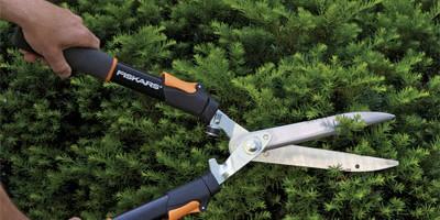 Професионален храсторез от Fiskars
