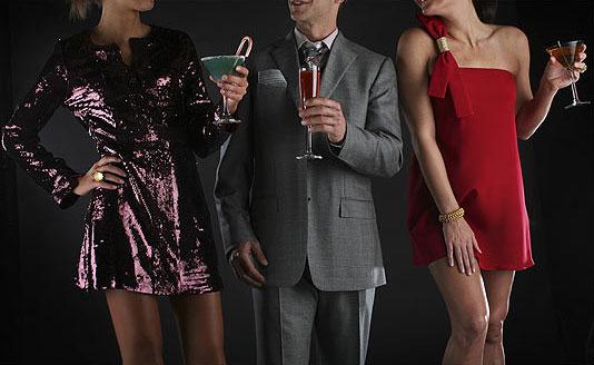 С какво да се облечем на коктейл