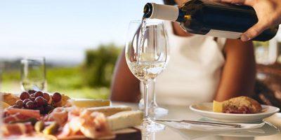 Сервиране на вино